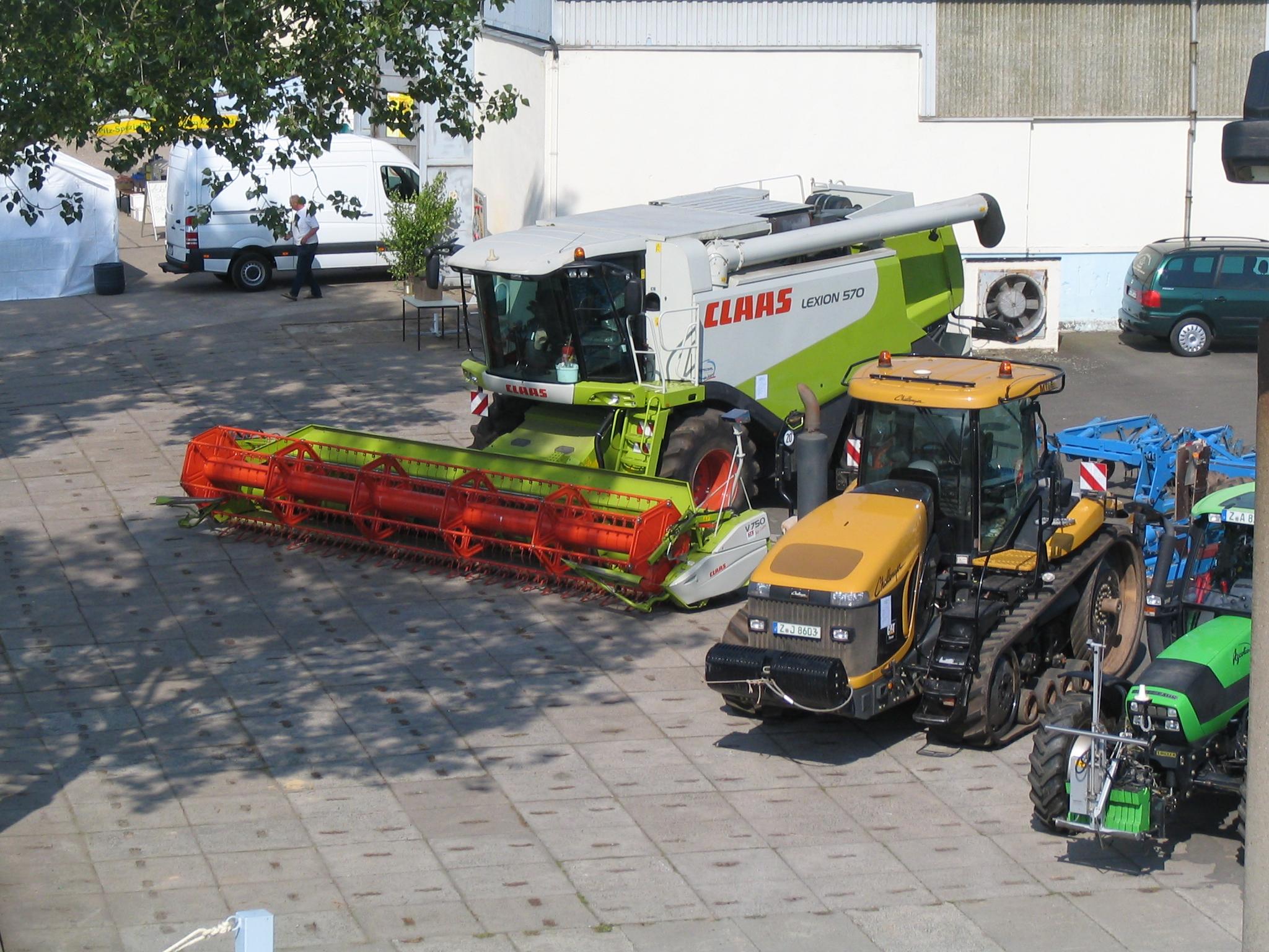Hoffest - neue Landwirtschafttechnik